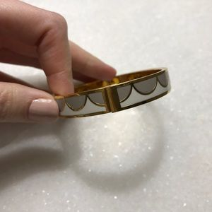 Kate Spade All the Trimmings Scalloped Bangle
